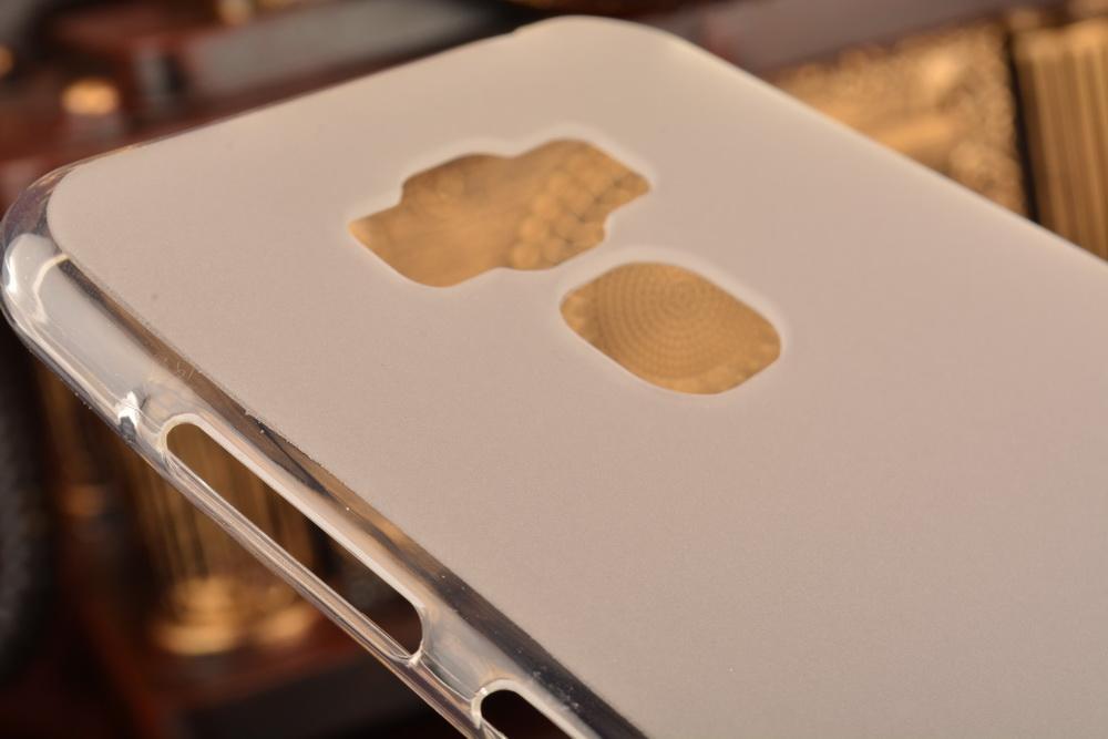 Чехол soft-touch для Asus Zenfone 3 (ZE520KL) DF aSlim-16